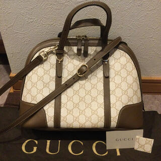 Gucci - GUCCI グッチ ドーム GGスプリーム  ショルダーバッグ ホワイト 美品