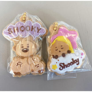 バンダイ(BANDAI)のBTS BT21 クッキーチャームコット shooky 2種セット 未開封(アイドルグッズ)