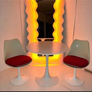 ACTUS - スペースエイジなテーブルと椅子2脚