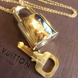 LOUIS VUITTON - [新品]ルイヴィトン カデナ パドロック ネックレス