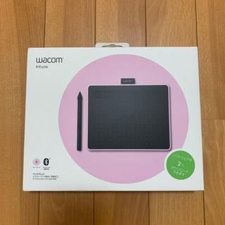 ワコム(Wacom)のWACOM ペンタブレット ピンクWacom Intuos Small(PC周辺機器)