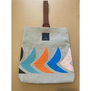 ミナペルホネン(mina perhonen)のミナペルホネン プイストバッグ puisto bag bird (ハンドバッグ)