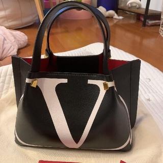 VALENTINO - VALENTINO ヴァレンティノ エスケープバッグ