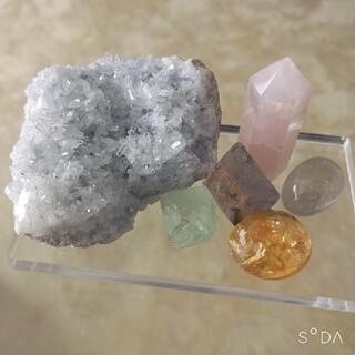 アクアマリン クラスター アメジスト ローズクォーツ シトリン 森星 水晶