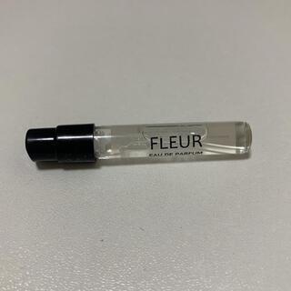 オゥパラディ(AUX PARADIS)のAUX PARADIS フルール オードパルファム fleur アトマイザー(香水(女性用))