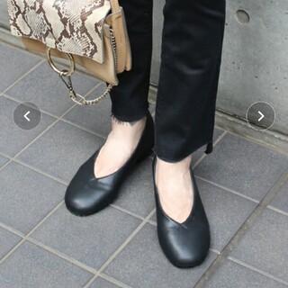 Fin - 【美品】Fin 牛革パンプス 24.5