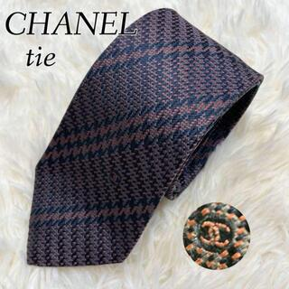 CHANEL - 美品✨CHANEL ネクタイ パープル ココマーク ストライプ シルク ロゴ刺繍