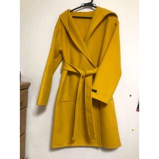 ディーホリック(dholic)のノーカラー 2WAY フード付き ミモザ色コート(ロングコート)