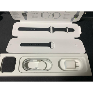 Apple - Apple Watch4 スペースグレイ 44mm スポーツバンド
