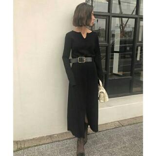 Ameri VINTAGE - belted knit dress