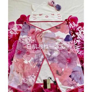 レディー(Rady)のRady♡キティちゃんフード付トロフラピンクバスタオル(タオル/バス用品)