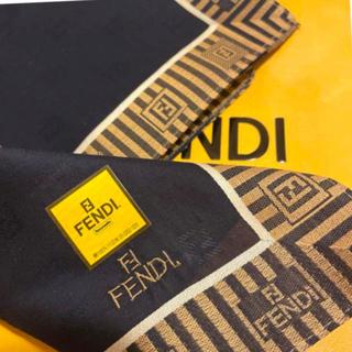 FENDI - 未使用 フェンディ ハンカチスカーフ    ネイビー Also casual