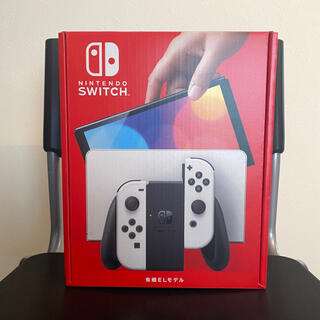 Nintendo Switch - 【送料無料】Nintendo Switch 有機ELモデル ホワイト