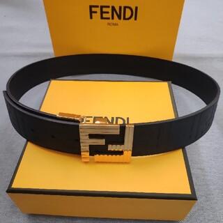 FENDI - 極美品 フェンディ FENDIベルト メンズ