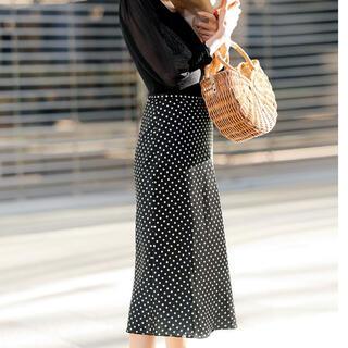 ストロベリーフィールズ(STRAWBERRY-FIELDS)のストロベリーフィールズ ロングスカート Mサイズ 未使用(ロングスカート)