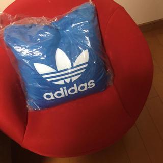 アディダス(adidas)のadidas アディダス クッション(クッション)