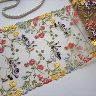 刺繍チュールレース ボタニカル 花刺繍 フラワー パンジー 刺繍布 ドールドレス