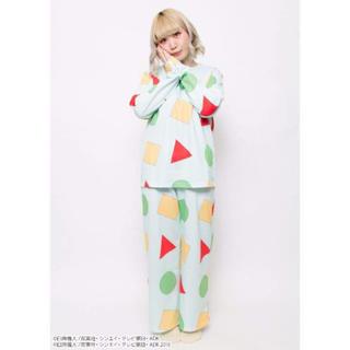 SPINNS , クレヨンしんちゃん パジャマの通販 by CHERRY\u0027S SHOP|スピンズならフリル