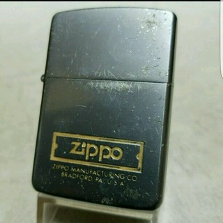 ジッポー(ZIPPO)のヴィンテージ❤1986年グレイチタン❤クラシック❤送料無料❤(タバコグッズ)