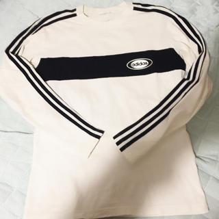 アディダス(adidas)のadidas3本ライントップス(Tシャツ/カットソー(七分/長袖))