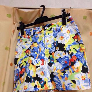 マーキュリーデュオ(MERCURYDUO)のフラワータイトスカート♡(ミニスカート)