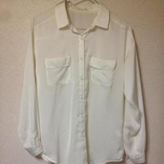 ジーユー(GU)のてろてろシャツ(シャツ/ブラウス(長袖/七分))