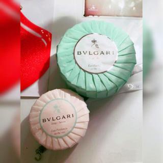 ブルガリ(BVLGARI)のBVLGARI 未使用未開封 石鹸ソープ 二個セット ブルガリ オーテヴェール(ボディソープ / 石鹸)