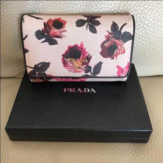 プラダ(PRADA)のnaap_xxx'shop 様 専用 PRADA 三つ折り財布♡国内未発売モデル(財布)