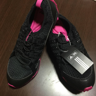 アディダス(adidas)のゴルフシューズ、アディダス(シューズ)