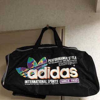 アディダス(adidas)の⭐︎adidas ナイロンバック⭐︎(ボストンバッグ)