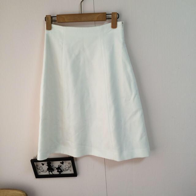 Demi-Luxe BEAMS(デミルクスビームス)のDemi-Luxe BEAMS /16020円 ホワイトフレアスカート レディースのスカート(ひざ丈スカート)の商品写真