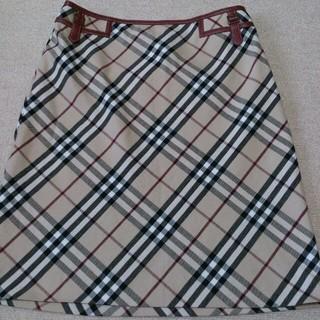 バーバリー(BURBERRY)のバーバリー ブルレ 38 スカート(ひざ丈スカート)