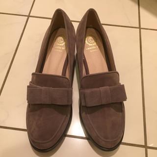 ランダ(RANDA)のRANDA スエードローファー(グレー)(ローファー/革靴)