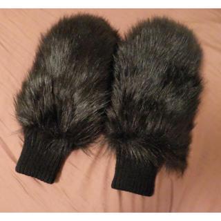 マウジー(moussy)のmoussy 新商品フェイクファーグローブ 手袋 (手袋)