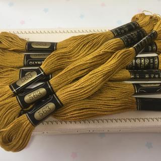 オリンパス(OLYMPUS)の刺繍糸 オリムパス25番 NO.563 8本セット (生地/糸)