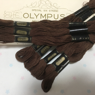 オリンパス(OLYMPUS)の刺繍糸 オリムパス25番 NO.738 8本(生地/糸)
