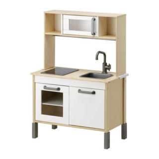 イケア(IKEA)の【IKEA】DUKTIG/おままごとキッチン 期間限定!クリスマス(知育玩具)
