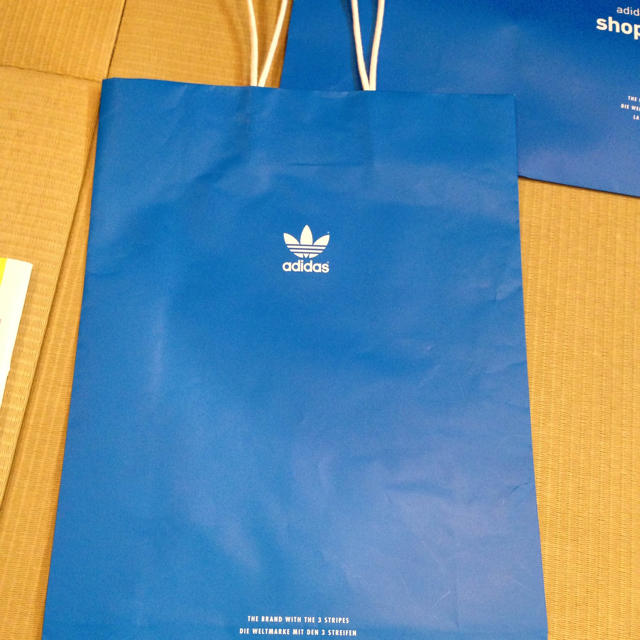 adidas(アディダス)のアディダス 取り置き中 レディースのバッグ(ショップ袋)の商品写真