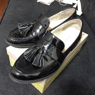 オリエンタルトラフィック(ORiental TRaffic)のタッセル ローファー エナメル ブラック 42(ローファー/革靴)