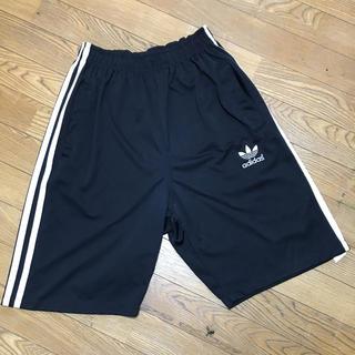 アディダス(adidas)のアディダス adidas オリジナルス ブラックxホワイト 黒x白 ハーフパンツ(ショートパンツ)