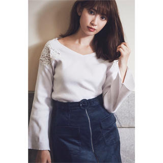 リランドチュール(Rirandture)の今季新品タグ付き♡ 即決価格♡(ニット/セーター)