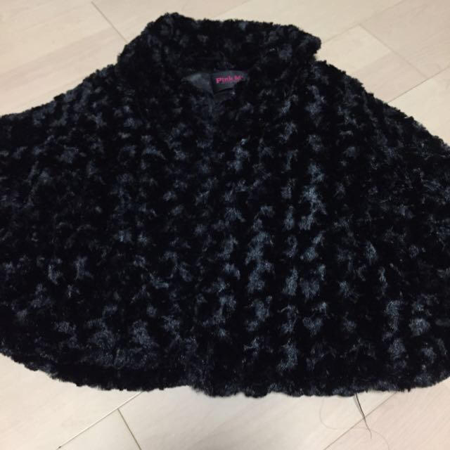 Pink Mix(ピンクミックス)のファーポンチョコート レディースのジャケット/アウター(毛皮/ファーコート)の商品写真