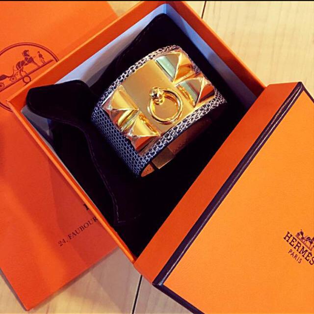 Hermes(エルメス)の超希少!リザード!オンブレ!ゴールド金具!コリエドシアン! レディースのアクセサリー(ブレスレット/バングル)の商品写真
