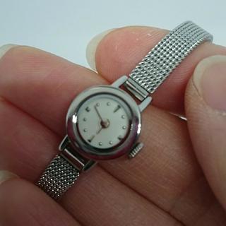 アッシュペーフランス(H.P.FRANCE)のアンティーク好きにも induna インデュナ 小ぶりでシンプル 美品(腕時計)