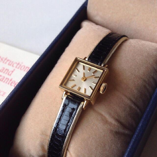 H.P.FRANCE(アッシュペーフランス)のinduna 腕時計 美品 レディースのファッション小物(腕時計)の商品写真
