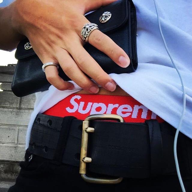 ミュウミュウ iPhone8 ケース 財布型 | Supreme - 当日発送可 男女兼用‼️Supreme ボクサー 白の通販 by Nitto's shop|シュプリームならラクマ