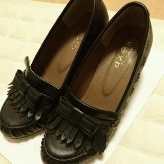 アクシーズファム(axes femme)の【休日値下げ】リボンローファー L(ローファー/革靴)