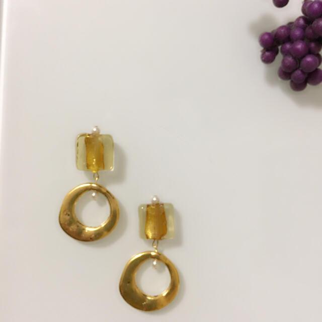 IENA(イエナ)の再販 きらめくビーズ×アンティークゴールドピアスorイヤリング ハンドメイドのアクセサリー(イヤリング)の商品写真