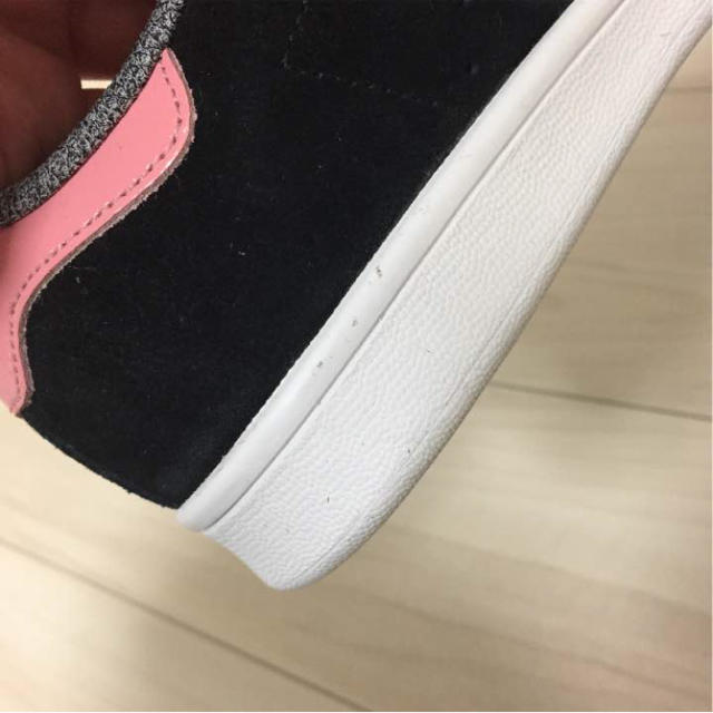 adidas(アディダス)のperie.様 アディダス スタンスミス ピンク ブラック レディースの靴/シューズ(スニーカー)の商品写真