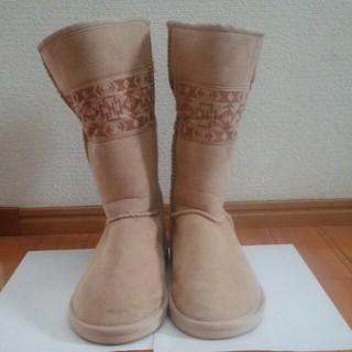 ユニクロ(UNIQLO)のムートンブーツ(ブーツ)